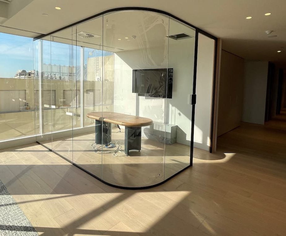 rounded glass partition melbourne